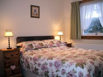 Details of the accommodation in Gairloch View Guest House, Wester Ross, UK